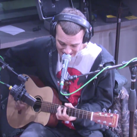 Gem from the Vault: The So So Glos LIVE In Studio
