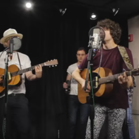 "The Kooks LIVE In Studio Performing ""Ooh La"" [Acoustic]"